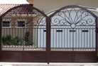 Red Gully Decorative fencing 18