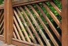 Red Gully Privacy screens 40